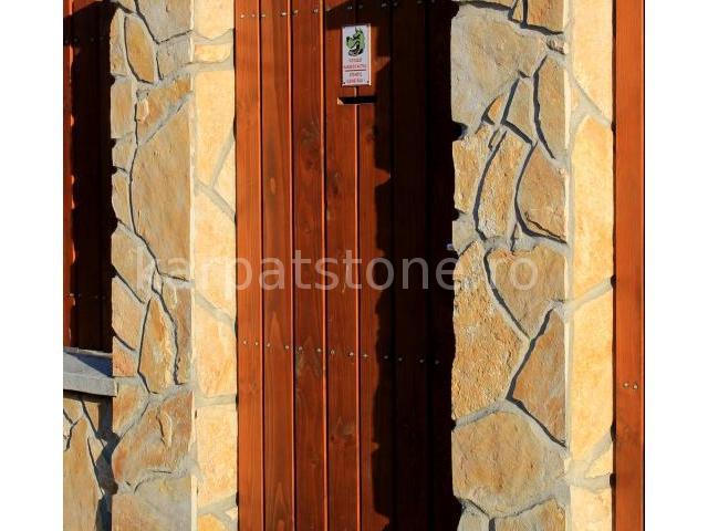 Adria - Calcar galben rustic, neregulata (poligonala)